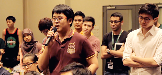 Tembusians asking the CSC questions at the 4th CSC Q&A session