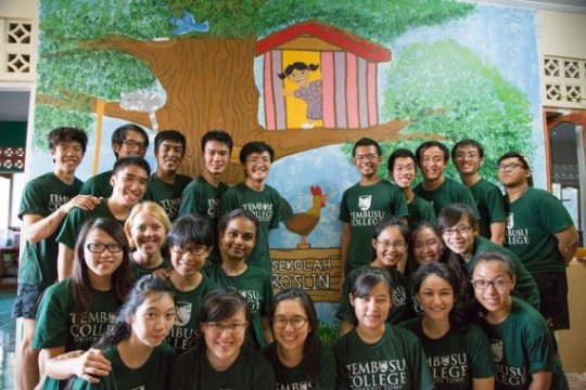 Johandy with his team from tKampung that went to visit Roslin Orphanage in West Timor