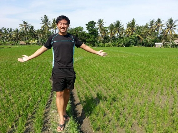Si Hao welcoming nature with open arms during last year's tKampung.