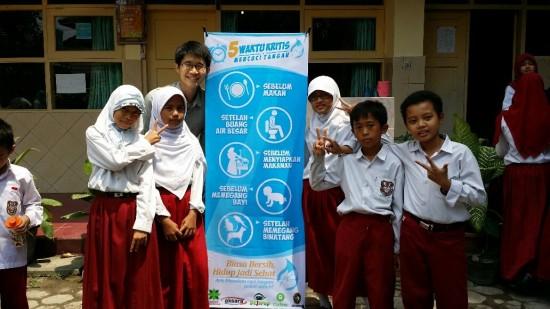 My Bahasa Indonesia helped me in befriending these little buddies during my volunteer work at a local primary school.