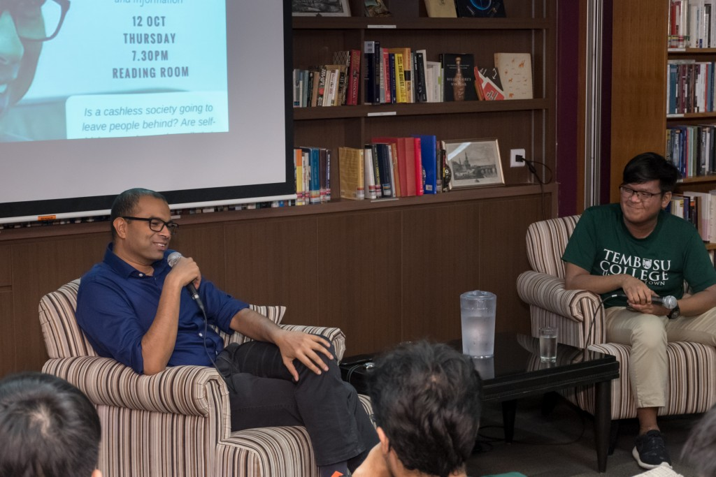 Dr Janil Puthucheary sharing a laugh with the audience.
